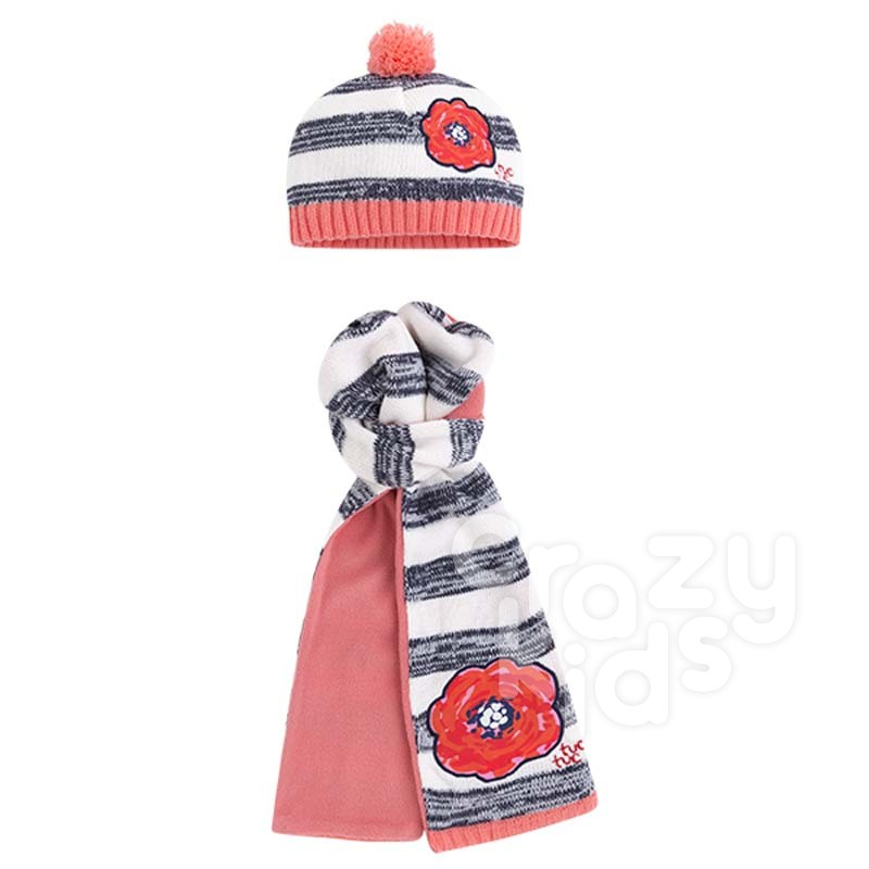 6e54eed9dfc3 Girls Set of Beanie and Scarf Tuc tuc FISH RAIN   Crazy Kids