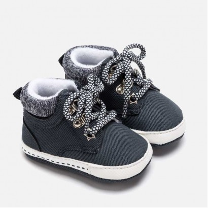 Baby boots Mayoral