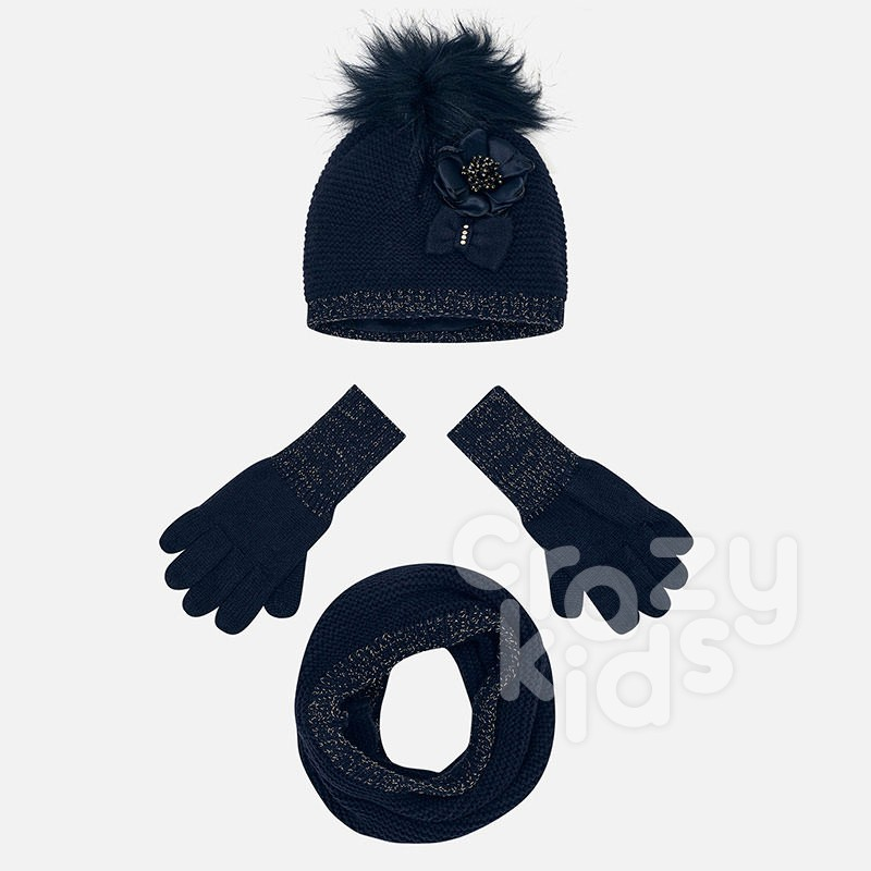 A kid's set of hat and gloves Mayoral