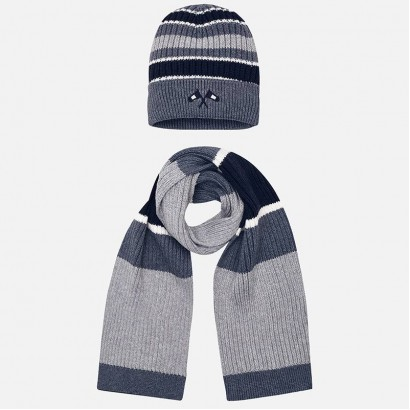 Boy's set of hat and shawl Mayoral