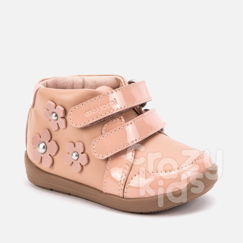 Baby patent leather boots with flowers Mayoral