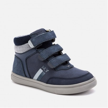 Sport kids' shoes with velcro Mayoral.