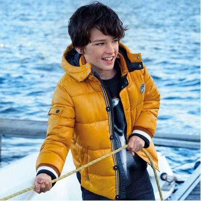 Quilted boy's jacket with hood Mayoral.